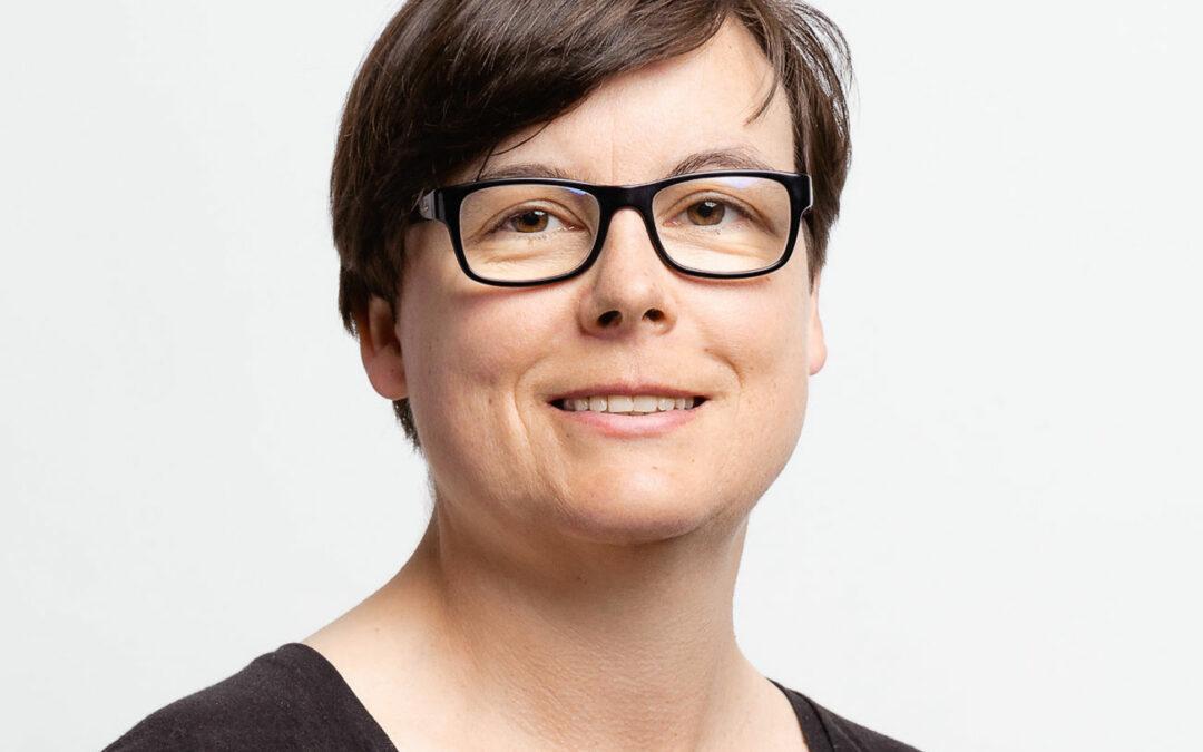 """TAT0228 – Britta Behrens: """"Kontaktanfragen auf LinkedIn nie stumpf einfach annehmen."""""""